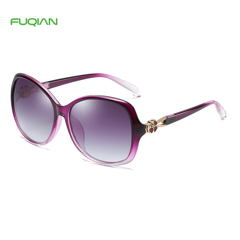 Customized Logo Hollow Out Flower Frame Oversized Women Polarized SunglassesCustomized Logo Hollow Out Flower Frame Oversized Women Polarized Sunglasses