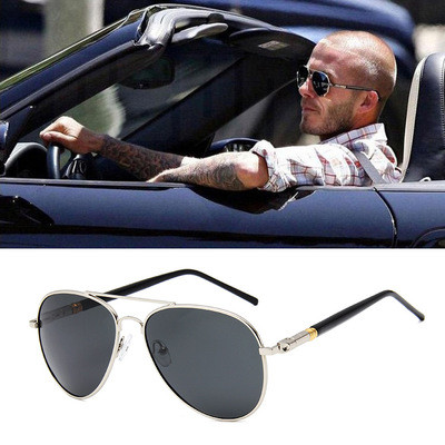 High Quality Retro Metal Frame Pilot Black Mens Polarized Sunglasses