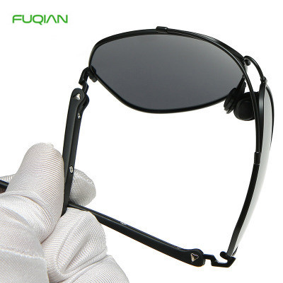 Popular Discolor Film Night Vision Polarized Glasses Men Women Pilot Memory Frame Driver SunglassesPopular Discolor Film Night Vision Polarized Men Women Pilot Sunglasses