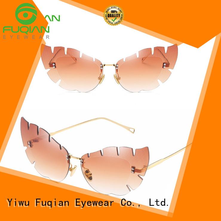 Top oversized female sunglasses manufacturers