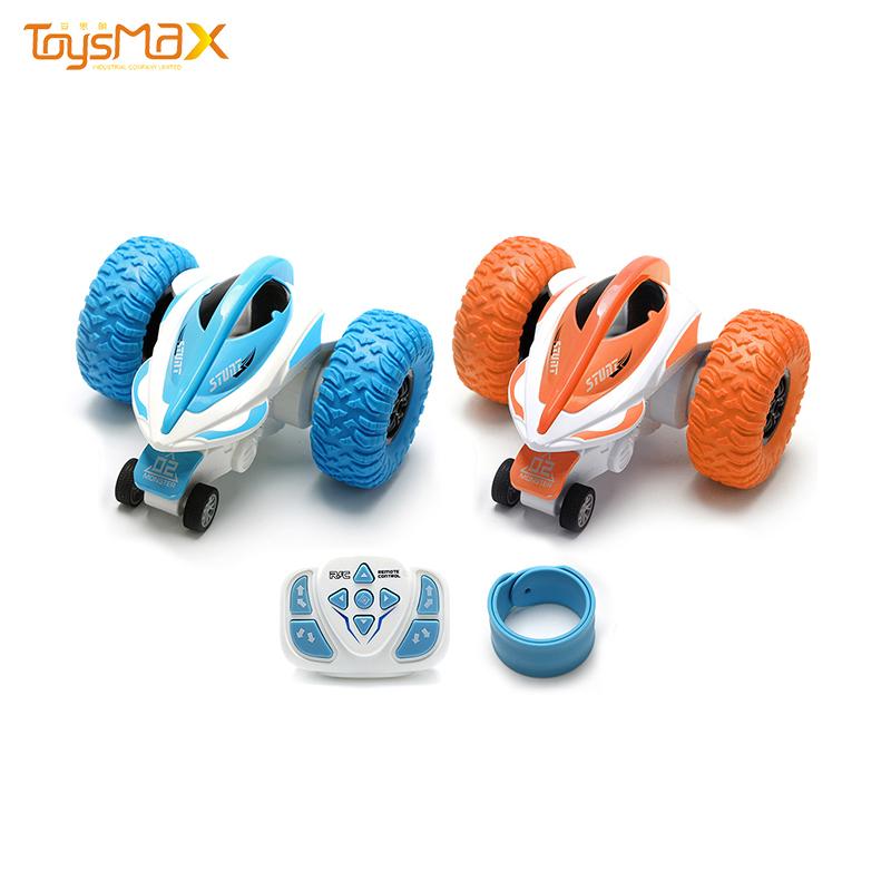 Toysmax New arrival 2.4G roller stunt remote control car rc twister stunt car