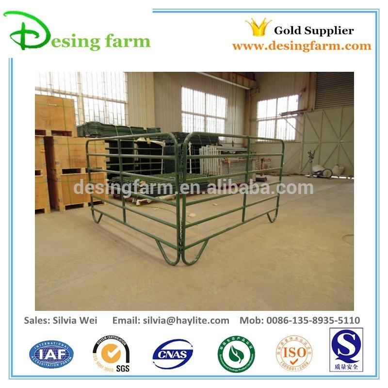 Metal livestock corral panels powder coated