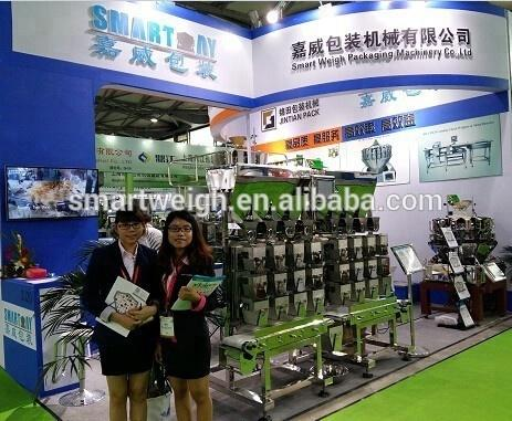 Automatic sticky date packing machine with 8 head linear combination weigher