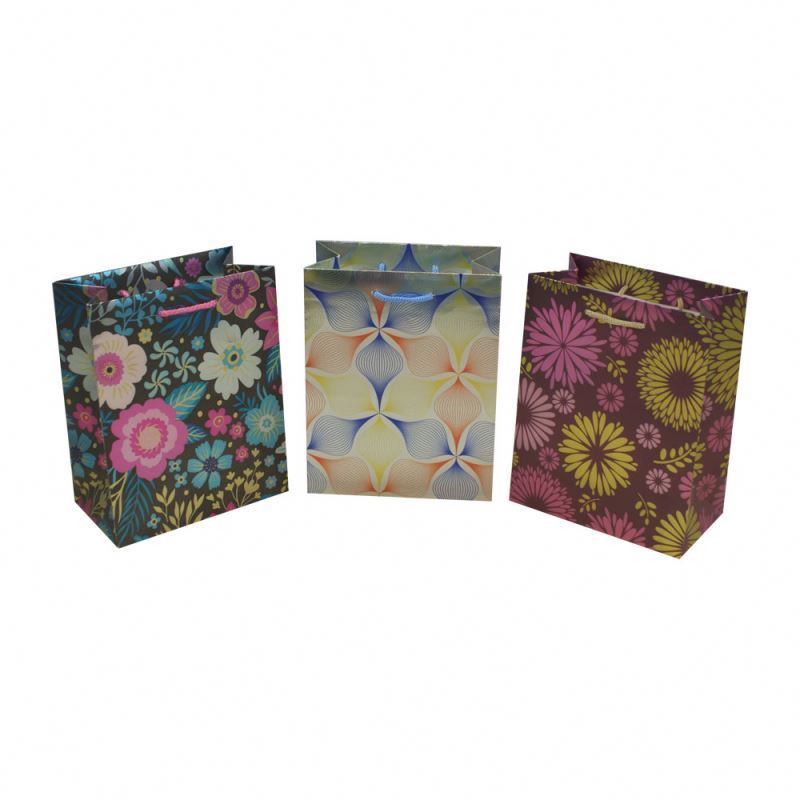 Excellent quality wholesale floral uv printing paper bag luxury gift paper bag for shopping