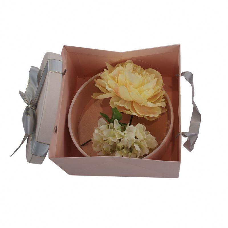 Professional supplier big kraft paper bag with handle exquisite decorative pattern kraft paper bag cheap