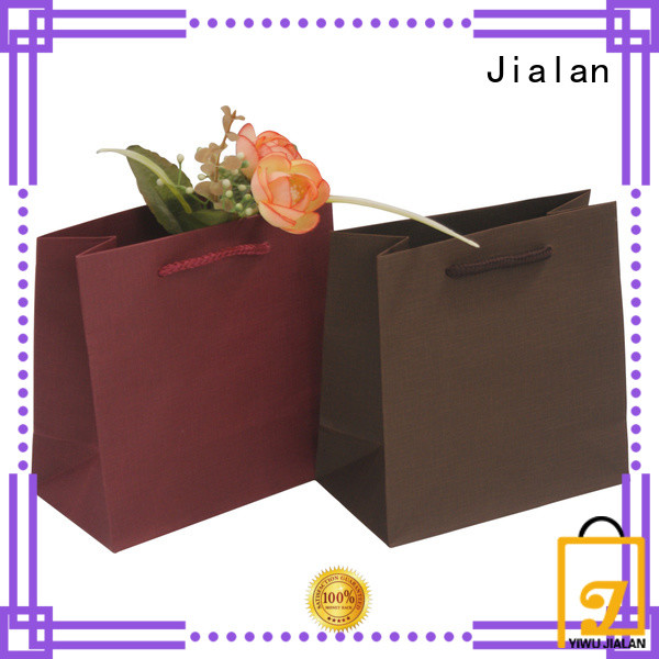 Jialan paper bag company indispensable for packing birthday gifts
