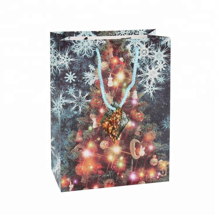 Big Discount Luxury Foldable Christmas Gift Paper Bag With Kraft Rope Handle