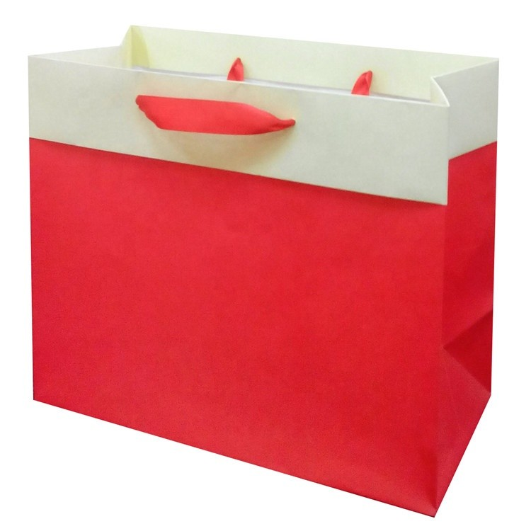 Wholesale Custom Standard Size Foldable Eco-friendly Fashion Solid Color Paper Bags With Rope Handles