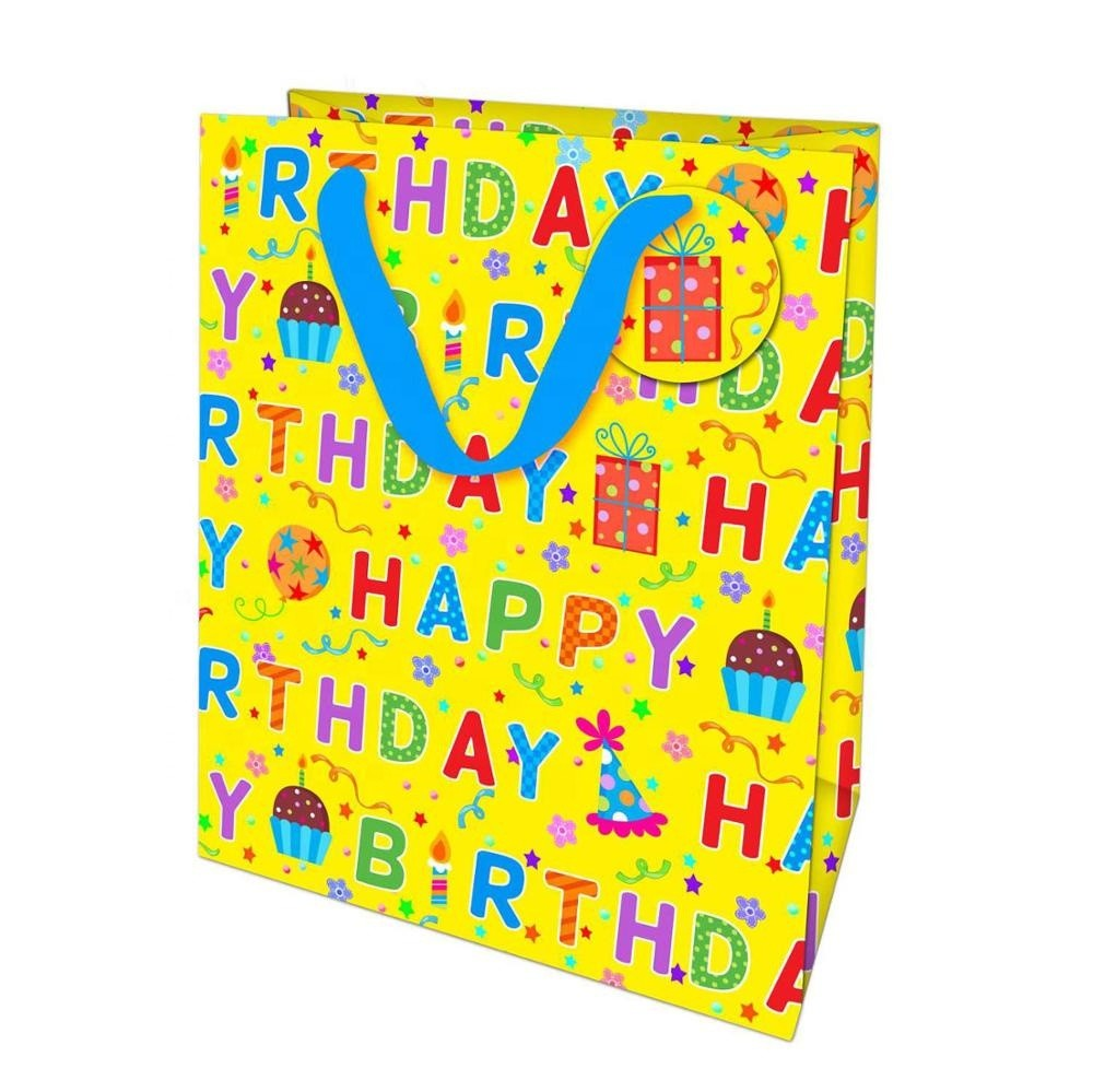 Low Price Yellow Hot Stamping Full Character Party Birthday Gift Bags With Label