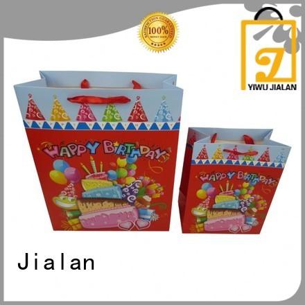 Jialan paper bag company packing birthday gifts