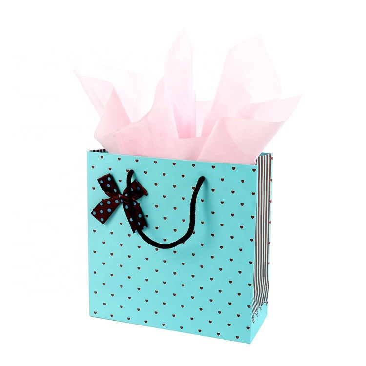 Best Selling Christmas Items Pretty Designs Gift Kraft Paper Bag With Bowknot