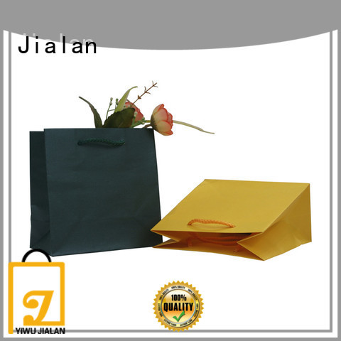 cost saving personalized gift bags indispensable for packing birthday gifts