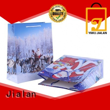 paper gift bag indispensable for holiday gifts packing