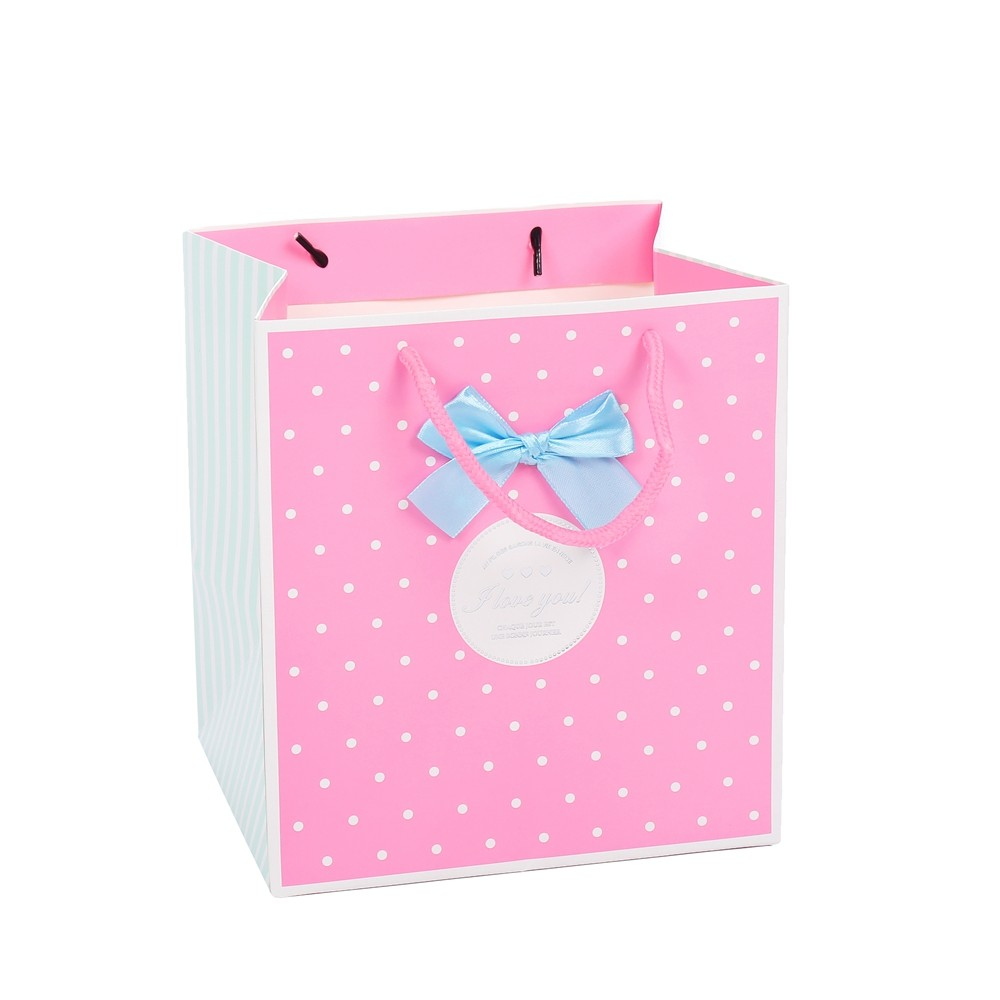 New Design Embossing Double Handle Luxury Durable Foldable Pink Craft Paper Bag
