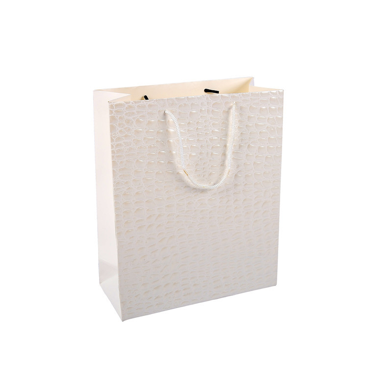 Customised white fashion luxury paper gift bag with brand logo print