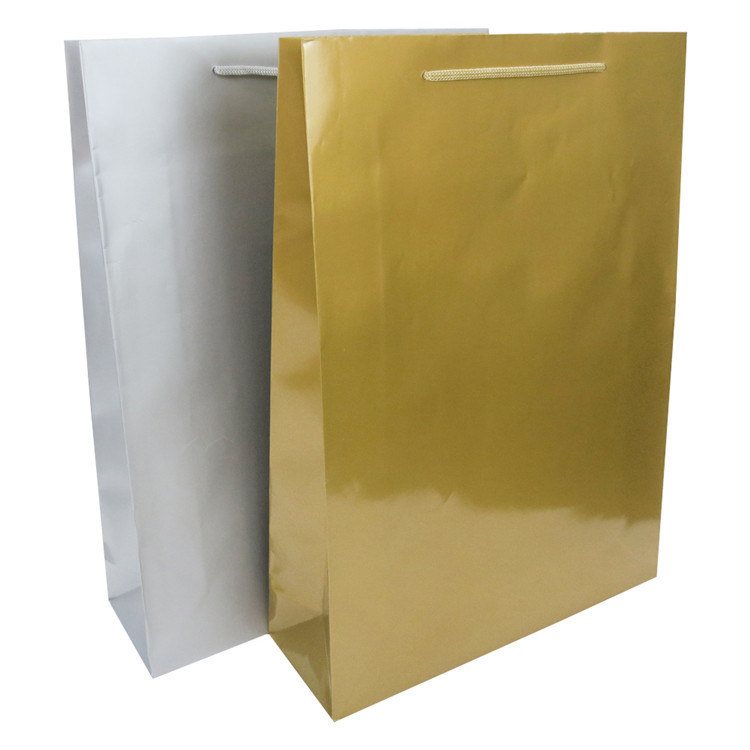 2019 High quality dumb bright film gold silver kraft paper bag with handle wholesale