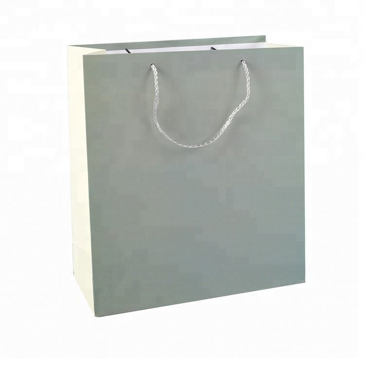 2019 High Quality Offset Printing Paper Gift Bag Shopping Paper Bag With Handle