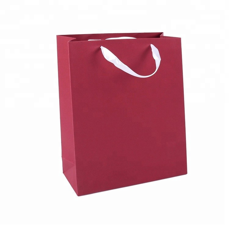 Hot Selling Cheap Popular Custom Logo Eco-friendly Red Color Gift Bags With Handles