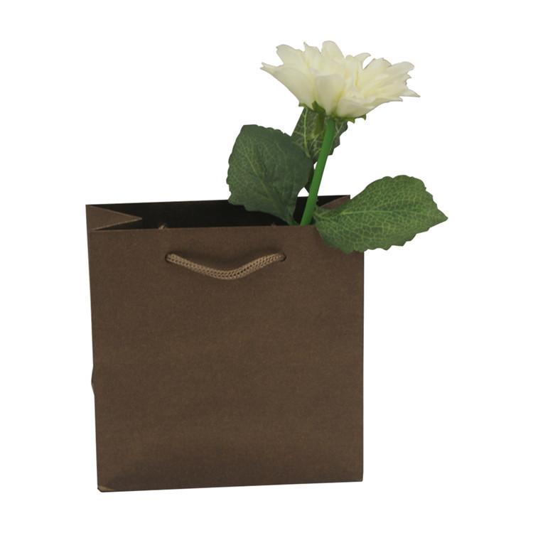 Recycled solid color kraft paper bag rope handles shopping packaging kraft paper bag