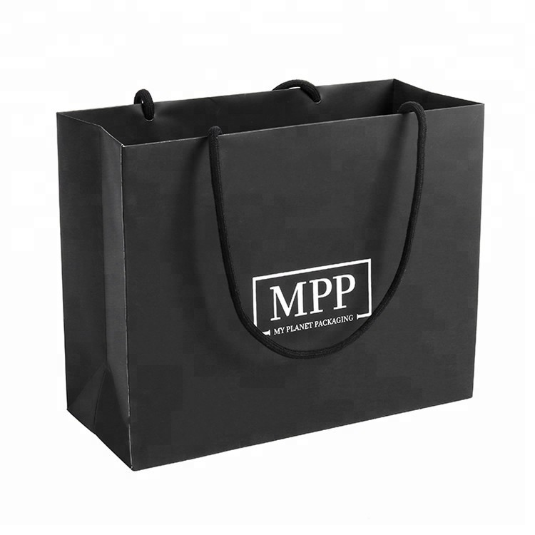 Hot Selling Recycled Foldable Shopping Simple Black Packing Paper Bag With Many Colors