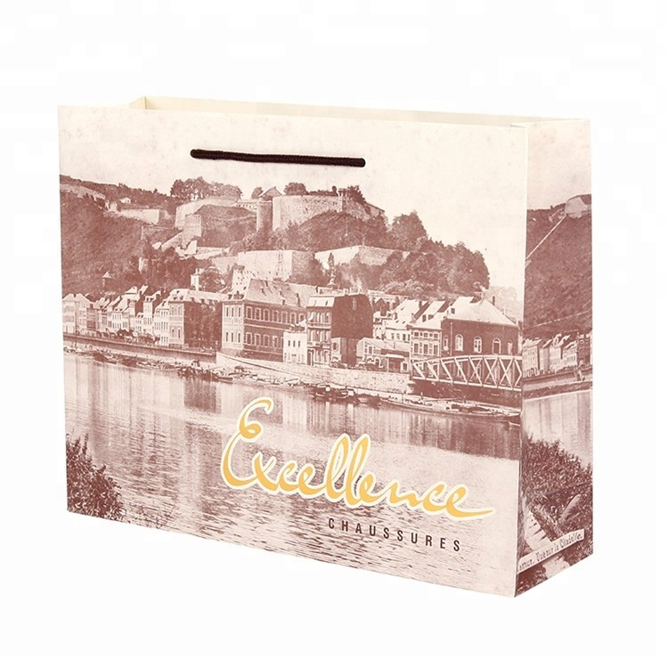 China Manufacturer Custom Printing Eco-friendly Recyclable Paper Gift Bags