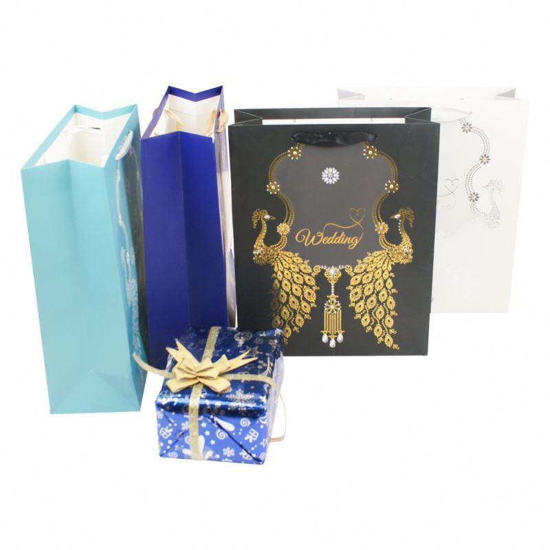 Professional made fancy luxury recyclable shopping paper bags with rope handles