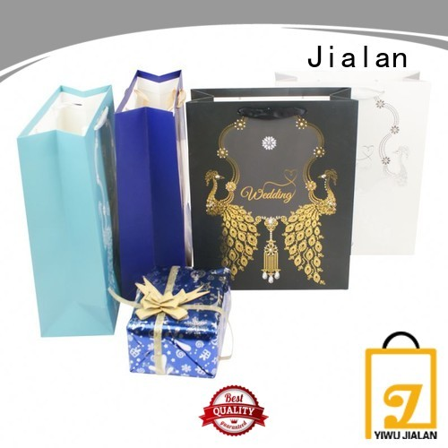 Jialan paper carry bags indispensable for holiday gifts packing