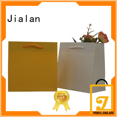 economical paper bag supplier widely employed for packing birthday gifts