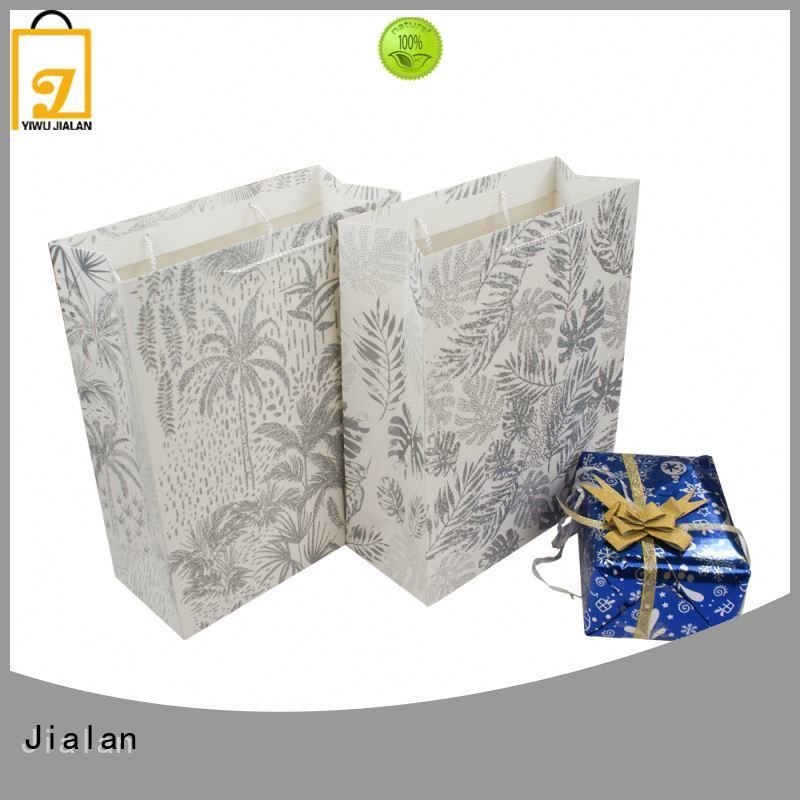 Jialan Eco-Friendly paper carrier bags indispensable for packing birthday gifts