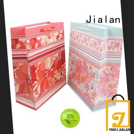 Jialan cost saving personalized paper bags indispensable for holiday gifts packing