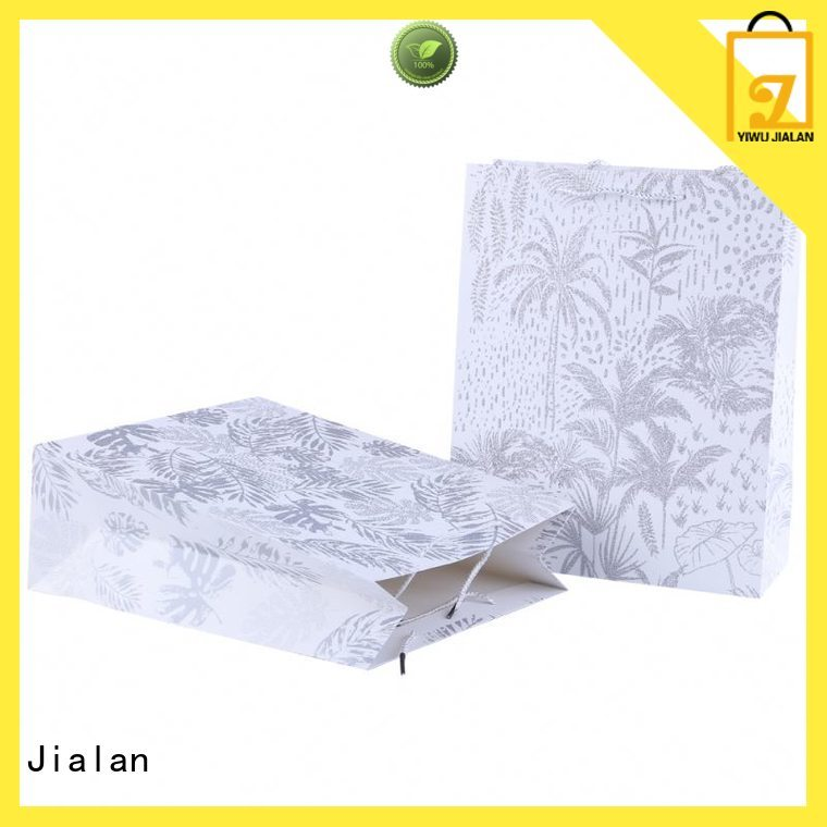 Jialan paper bag widely employed for holiday gifts packing