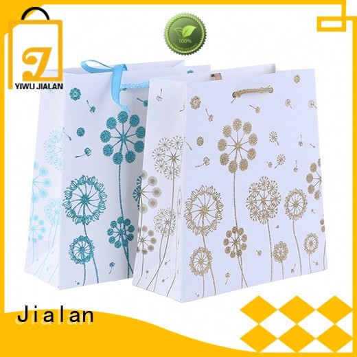 Jialan paper bag company indispensable for holiday gifts packing