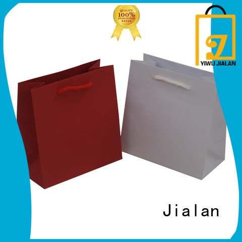 Jialan paper carrier bags indispensable for packing birthday gifts