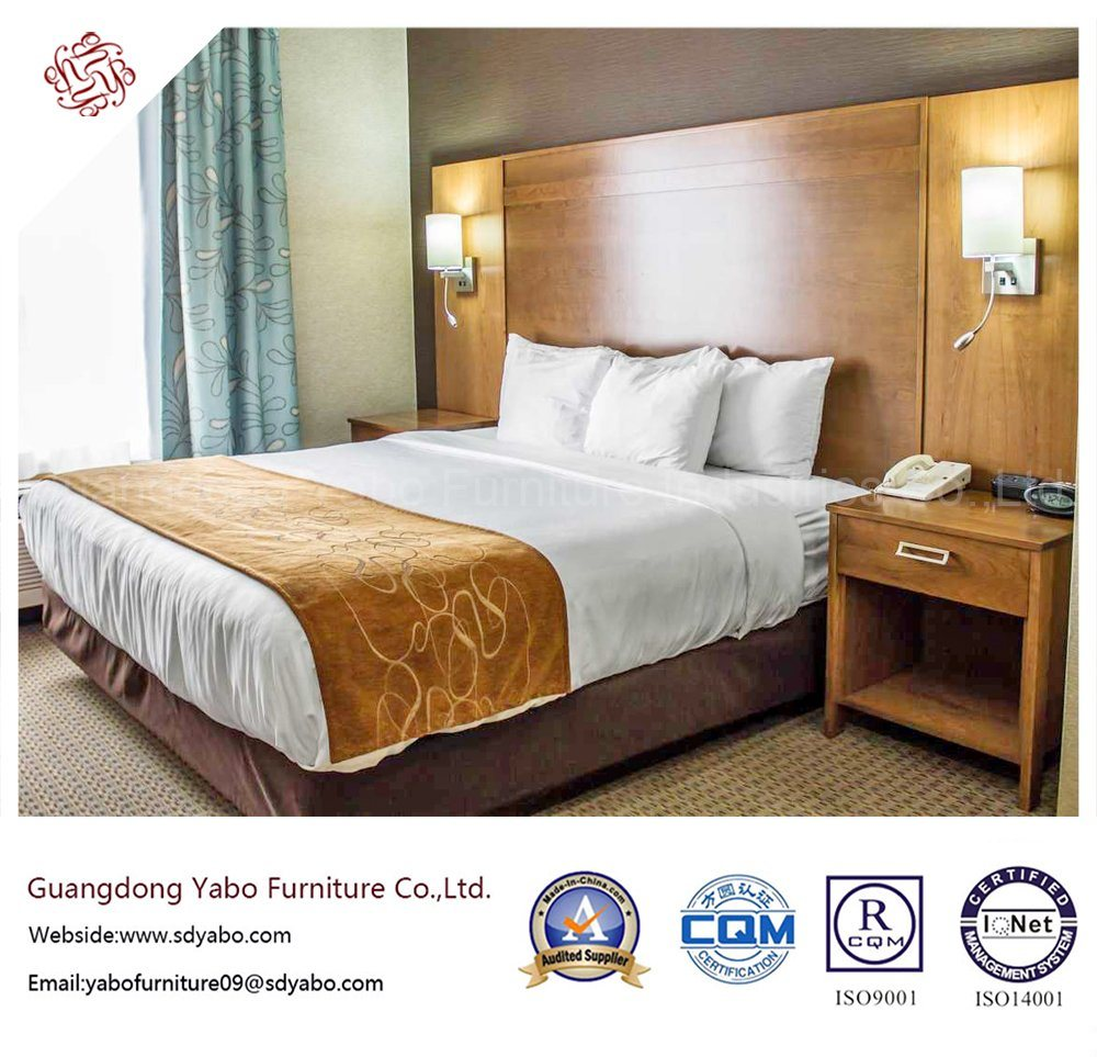 Solid Wood Hotel Furniture with Bedding Room Set (YB-S-3)