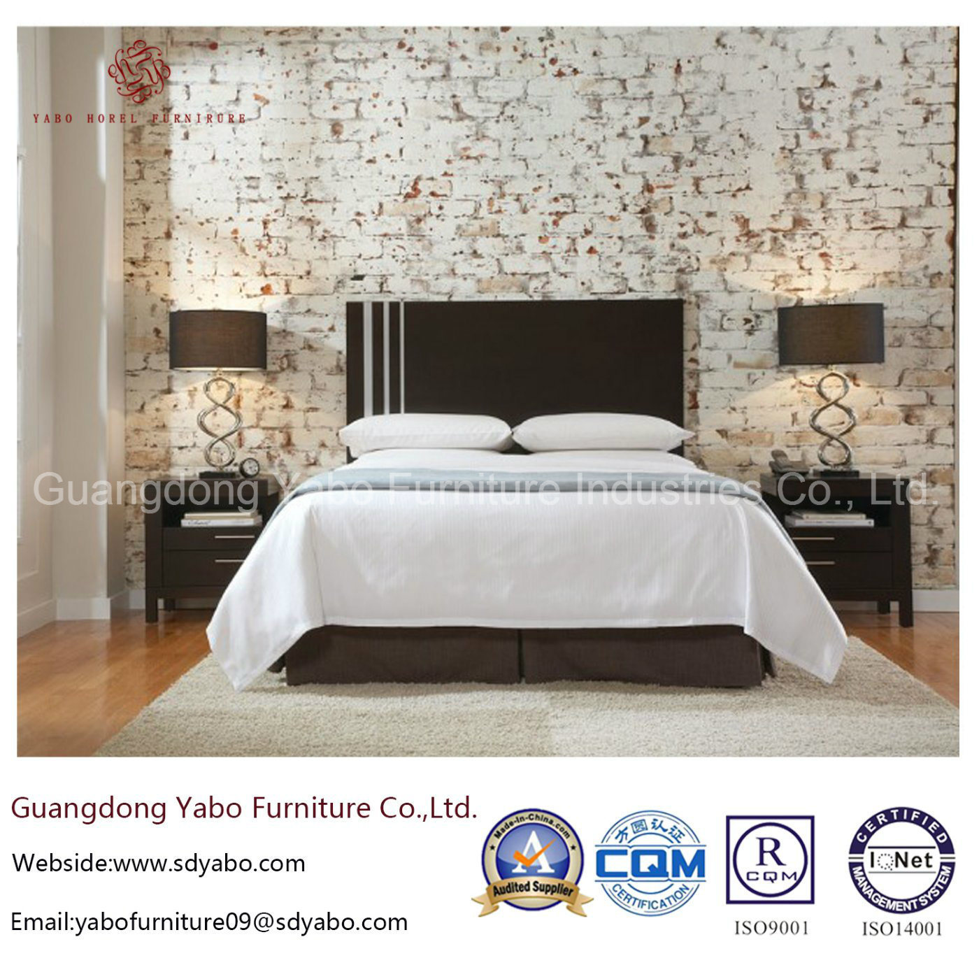 Bespoke Hotel Furniture with Wooden Bedroom Set (YB-O-58)
