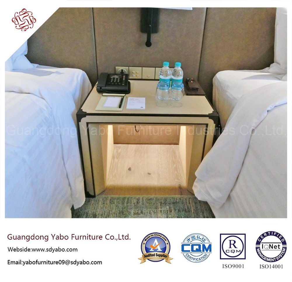 Wooden Hotel Furniture with Modern Bedroom Set (YB-YDYDE-1)