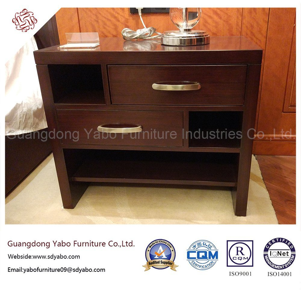 Elegant Hotel Bedroom Furniture with Wooden Nightstand (YB-E-19)