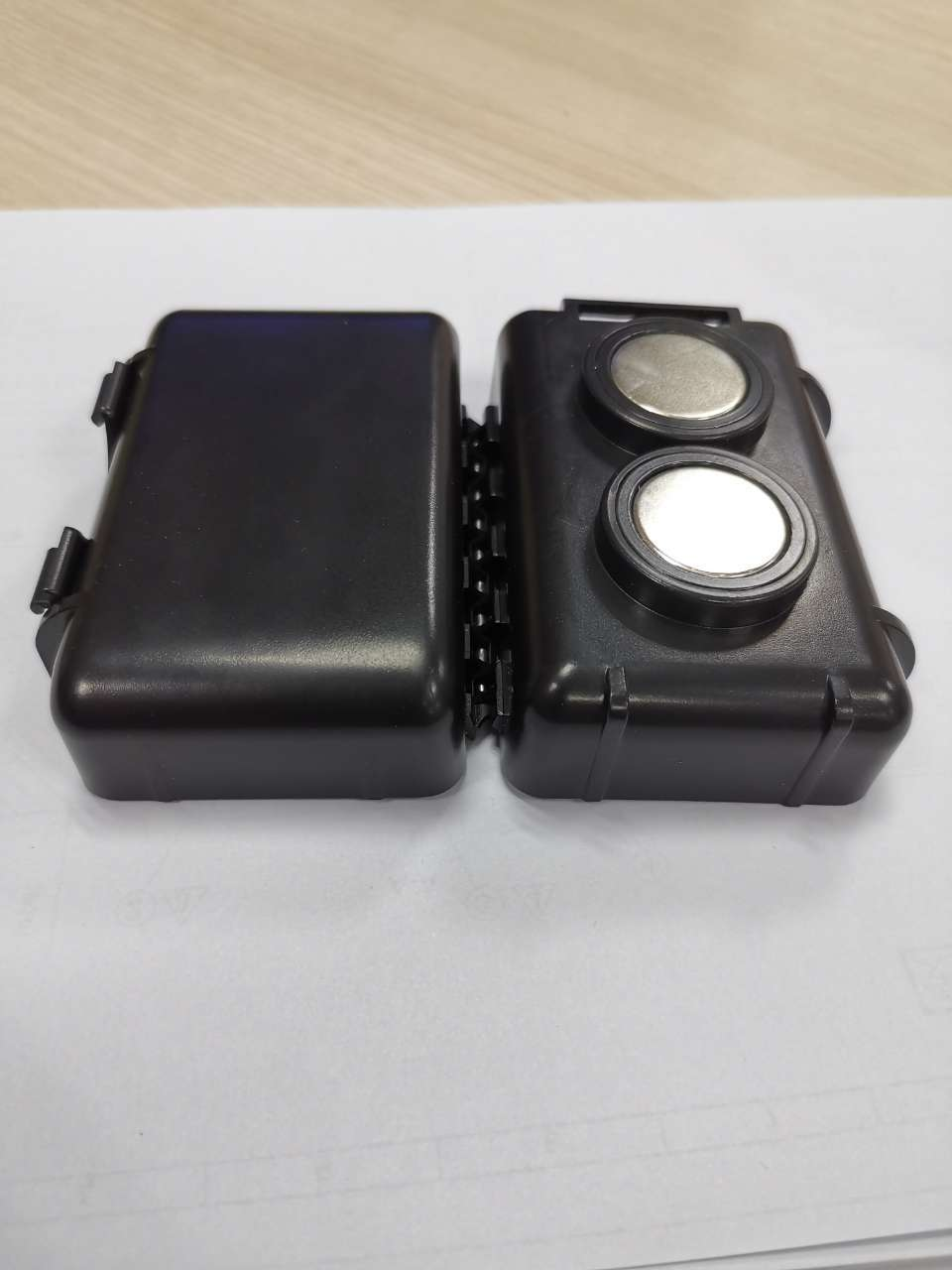 Super magnetic force waterproof Gps TrackerDevice sealedcase