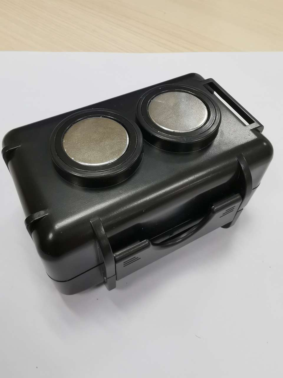 magnetic waterproof Gps TrackerDevice case